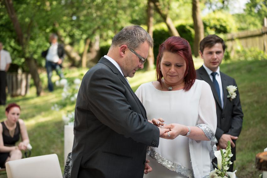 Hochzeitsfotografin Standesamt in der Mühle Maria Anzbach