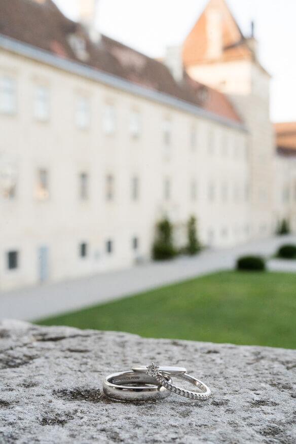 Schlosshochzeit in Niederösterreich fotografiert von Barbara Wenz